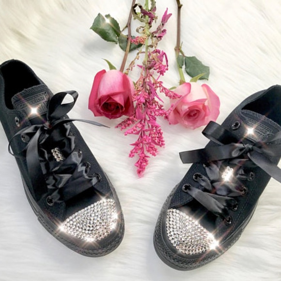 bc2a8f2c1bbc bling swarovski converse black low tops
